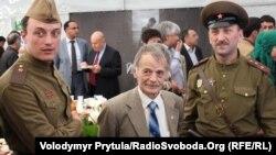 Лідер Меджлісу Мустафа Джемілєв на прем'єрі фільму «Хайтарма»
