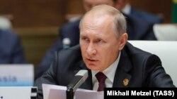 ولادیمیر پوتین خواستار گفتوگو با کره شمالی شده است.