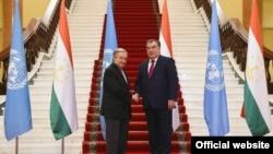 Генеральний секретар ООН Антоніо Ґутерріш і президент Таджикистану Емомалі Рахмон