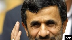 Ahmadinejad insists on Iran's right to continue its nuclear activities.