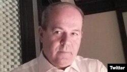 Jonathan Eyal