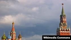 «В Кремле не решен вопрос о том, кто сменит нынешнего главу государства на его посту, и произойдет ли такая смена и фактически и юридически»