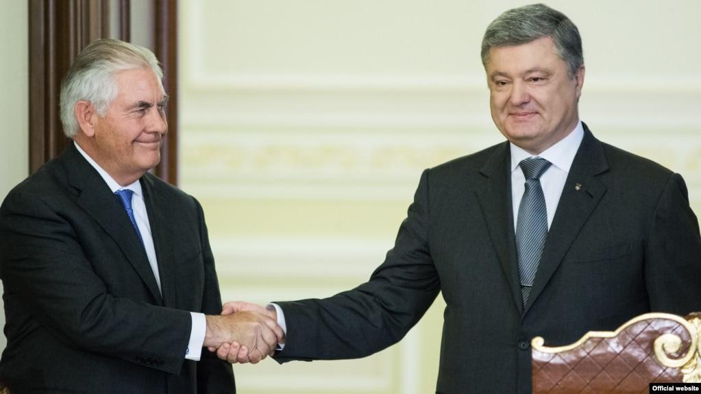 Порошенко і Тіллерсон скоординували позиції щодо місії ООН уДонбасі