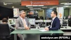 Пресс-секретарь МО РА Арцрун Ованнисян дает интервью Радио Азатутюн в студии «Азатутюн ТВ», Ереван, 18 октября 2016 г.