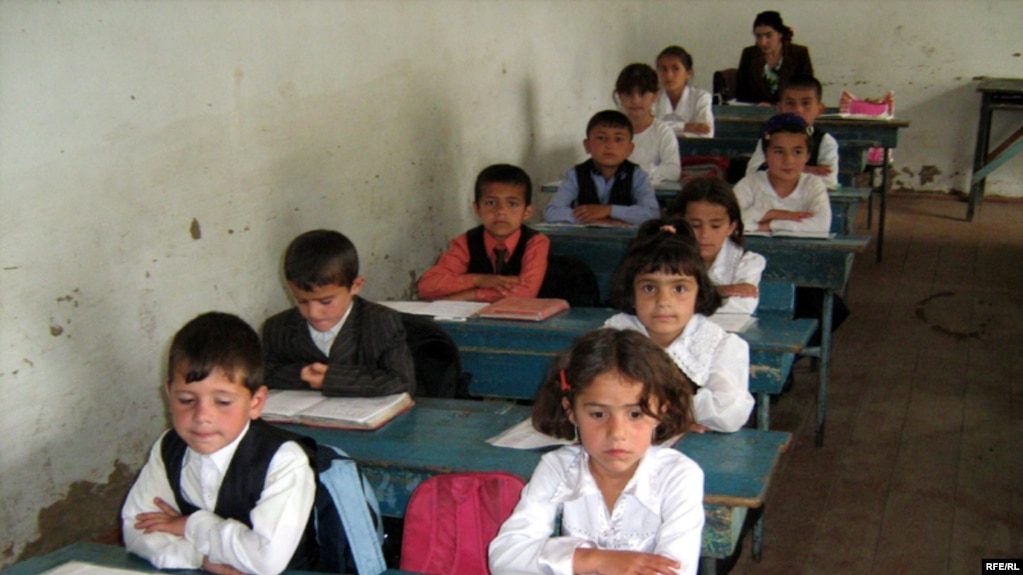 Tajikistan Introduces New Islamic Curriculum To Schools