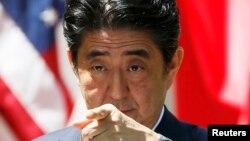 ԱՄՆ - Ճապոնիայի վարչապետ Սինձո Աբեն Վաշինգտոնում ասուլիսի ժամանակ, 28-ը ապրիլի, 2015թ․