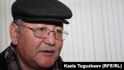 «Жас Алаш» газетінің бас редакторы Рысбек Сәрсенбай. Алматы, 28 ақпан 2013 жыл.