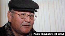 Оппозициялық саясаткер Алтынбек Сәрсенбайұлының ағасы Рысбек Сәрсенбай.