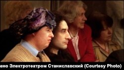 """Сад"". Борис Юхананов и мальчик-актер с синдромом Дауна"