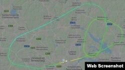 """Схема аварийного полета самолета """"Сухой Суперджет"""" с сайта Flihtradar24"""