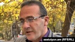 Правозащитник Артур Сакурц