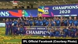 تیم کریکت ممبی اندینز قهرمان لیگ برتر کریکت هند شد.