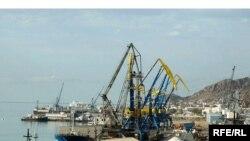 Түркмөнбашы порту. Архивдик сүрөт.