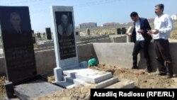Mehman Qələndərovun məzarı