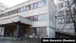 Покинутий завод із випуску апаратів ШВЛ в Україні – фоторепортаж