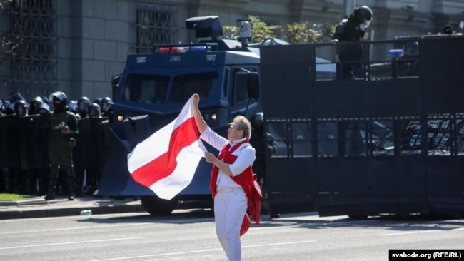 Протестираща в Минск