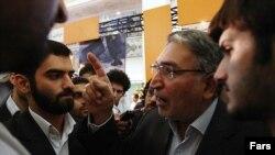 محمد نوری زاد پس از انتخابات ریاست جمهوری سال ۱۳۸۸ چندین بار بازداشت و زندانی شده است.