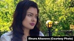Журналист из Кыргызстана Эльнура Алканова.