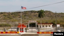 Ворота тюрьмы Гуантанамо. 8 марта 2013 года.
