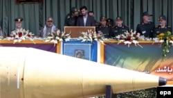 «Шахаб-3» на военном параде в Тегеране