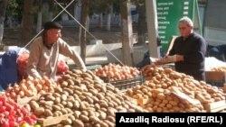 Baku agricultural market 25 October