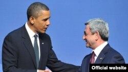 Armenia -- President Serzh Sarkisian meets with U.S. President Barack Obama in Washington, 12Apr2010