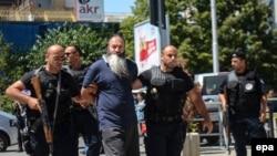 Kosovska policija provodila je nekoliko akcija hapšenja osumnjičenih za regrutovanje militanata (Foto: Priština 2014.)