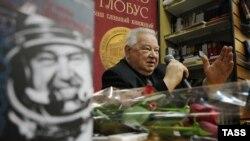 СССР ғарышкері Георгий Гречко.