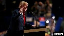Дональд Трамп выступает с программной речью. Кливленд, 21 июля 2016 года.