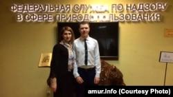 Педагог Виктория Мясникова и ее ученик Дмитрий Снежков на конкурсе (архивное фото)