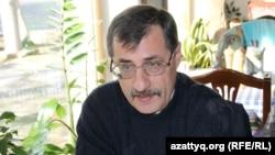 Құқық қорғаушы Евгений Жовтис. Алматы, 17 қазан 2016 жыл.