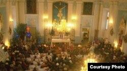 Цырымонія пахаваньня ксяндза Ёзаса Булькі. <br>Фота — Яўген Самсонаў.