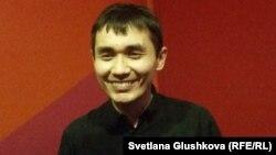 «Қожайындар» фильмінің режиссері Әділхан Ержанов. Астана, 17 наурыз 2015 жыл.