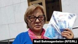 Жительница города Семея Кенжегайша Рахимбаева. Астана, 1 июля 2016 года.