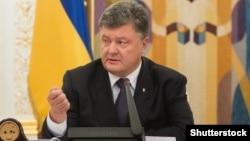Петро Порошенко зауважив, що у більшості західних столиць немає жодних сумнівів про підготовку Кремлем масштабних втручань у виборчі процеси