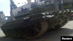 Танк сирийской армии в окрестностях Дамаска