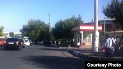 Автобусная остановка рядом со столичным рынком «Чорсу».