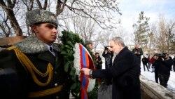 Նիկոլ Փաշինյանը Արցախում և Վարդենիսում մասնակցել է Բանակի օրվան նվիրված միջոցառումներին