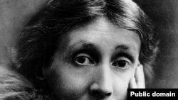 ویرجینیا وولف، نویسنده معروف بریتانیایی از جمله کسانی است که به دلیل افسردگی دست به خودکشی زد.