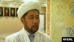 Наурызбай Өтпенов, Қарағанды қаласы орталық мешітінің бас имамы. Қарағанды, 30 қараша 2009 жыл.