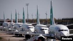 زمینگیر شدن هواپیماهای مسافربری مدل ۷۳۷ بوئینگ به دلیل شیوع کرونا.
