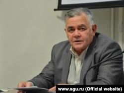 Адольф Демченко, фотография с сайта СГУ