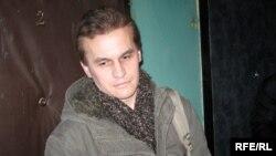 Уласьнік кватэры Міхась Янчук.