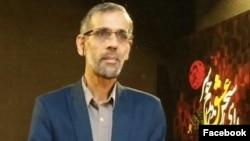 محمد مهدوی فر معروف به شاعر شعر الفبا همزمان با اعتراضات دیماه در ایران بازداشت و زندانی شد
