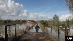 Архивска фотографија - Поплави во Албанија во 2015.