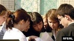 Татар бүлекләренә укырга килергә теләүчеләр саны елдан-ел кими