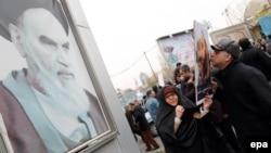 Антисаудовская демонстрация в Тегеране. 8 января 2016 года.