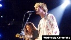 Rokeri i ndjerë, Kurt Cobain perforomon me Nirvanan gjatë ndarjes së çmimeve, MTV Video Music Awards në vitin 1992