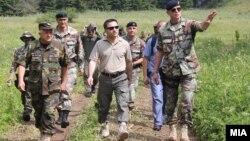 Министерот за одбрана Фатмир Бесими во посета на учесниците на шестдневната Заедничка планинска обука на Полкот за специјални операции на АРМ и Националната гарда на Вермонт од САД.