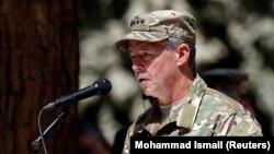 سکات میلر، فرمانده نیروهای امریکایی و ناتو در افغانستان